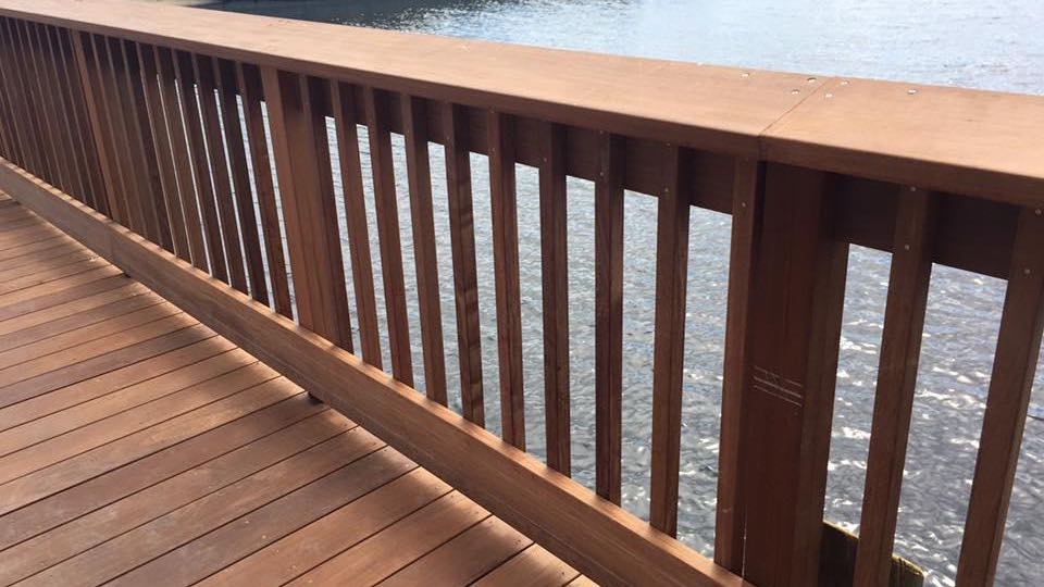 Detail of IPE hardwood railing