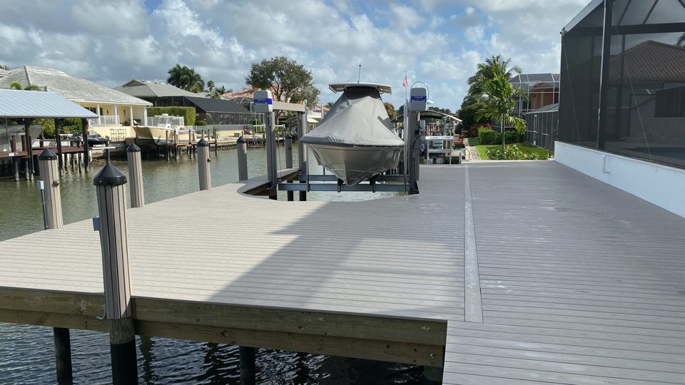 Deck and walk around dock with 13,000 lb capacity Quality/IMM boat lift